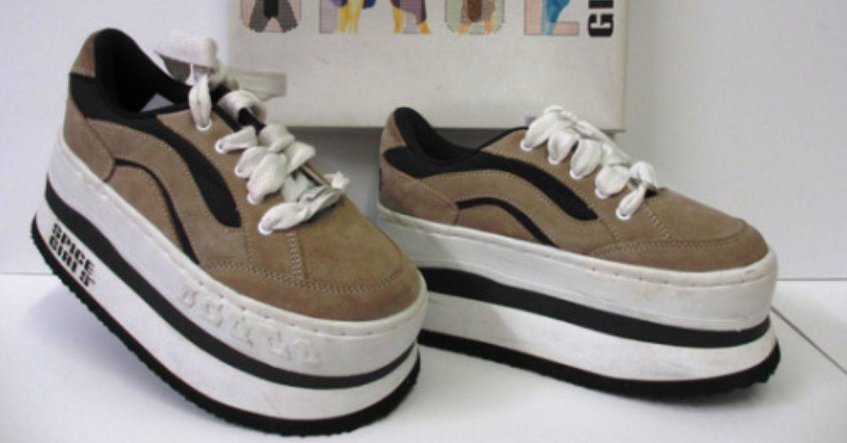 25 Schuhe aus den 90ern, die damals in fast jedem Haushalt