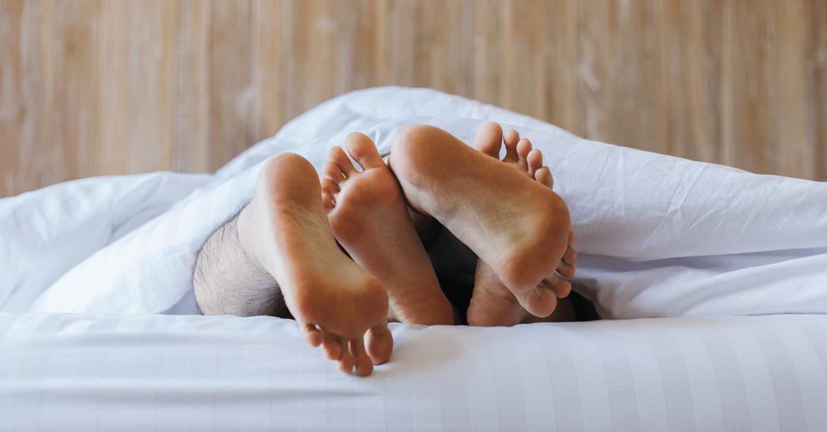 bed-feet