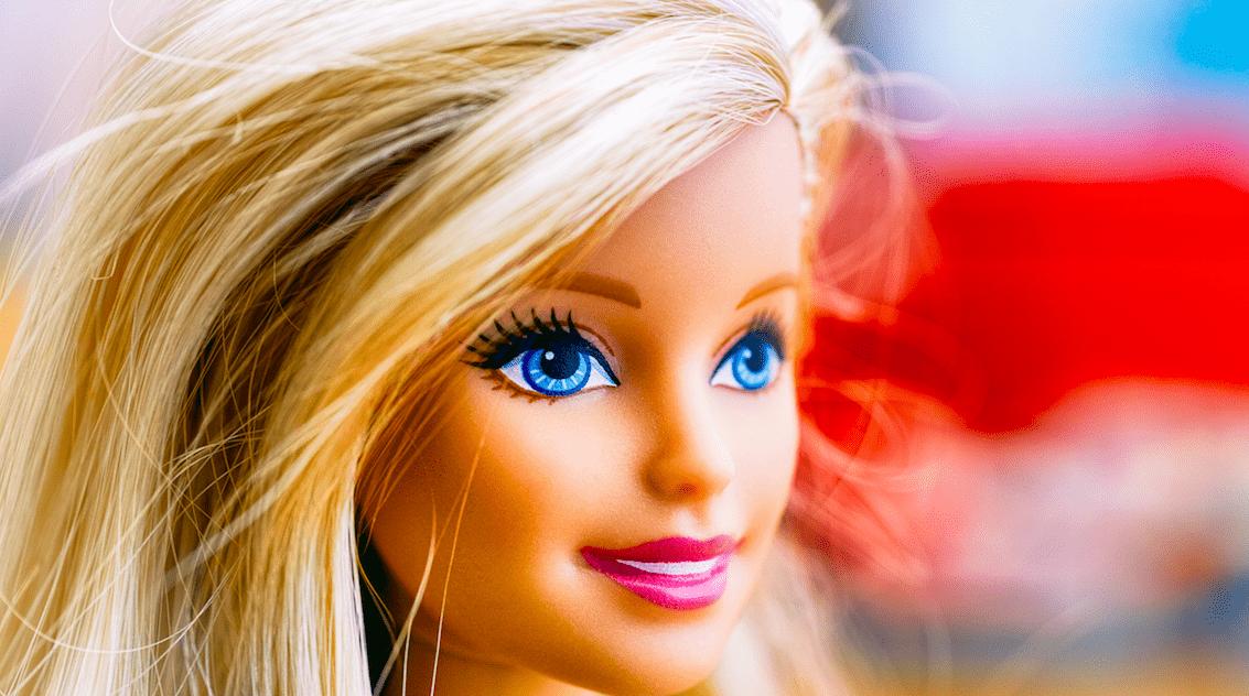 Seltsame Barbie-Puppen