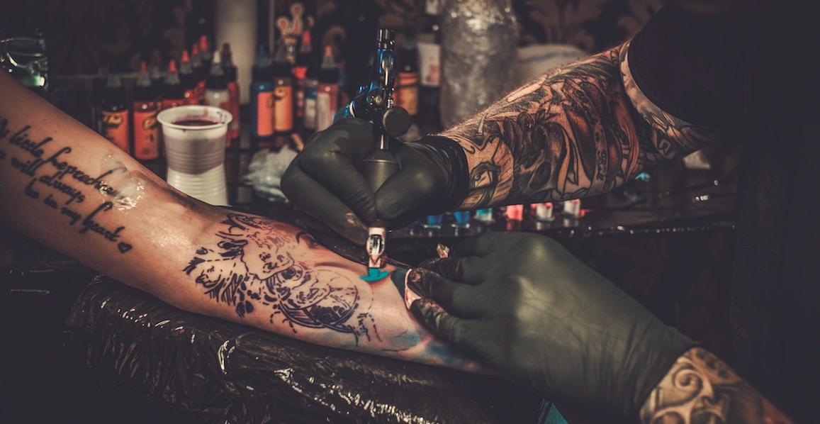 31 Tattoos von Ex-Partnern, die auf glorreiche Weise überdeckt wurden!