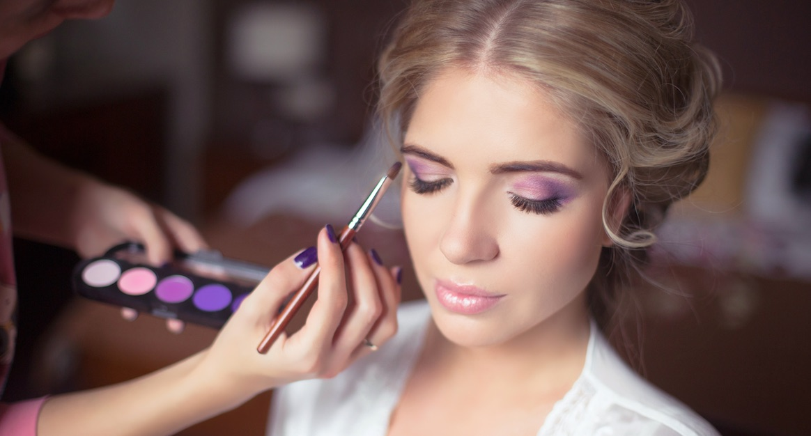20 Bräute am Tag ihrer Hochzeit – vor und nach dem Make-Up!