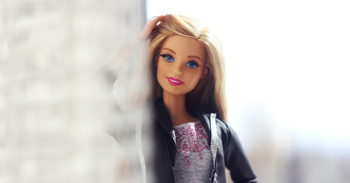 15 dunkle Geheimnisse von Barbie und Ken, die du noch nicht kanntest!