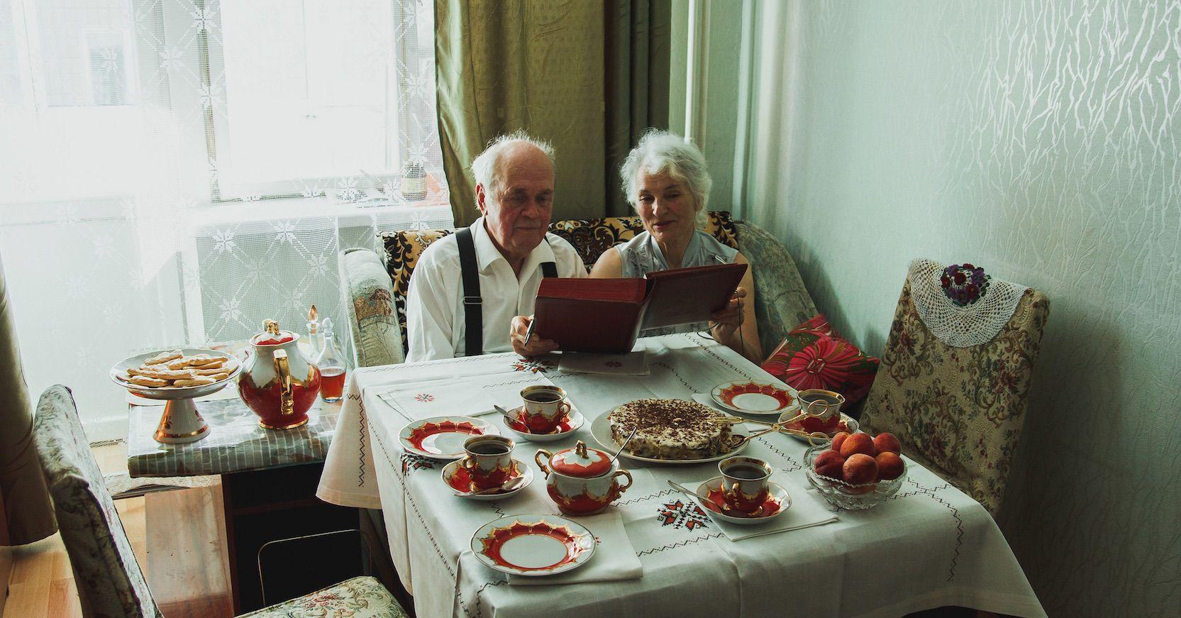 21 Dinge, die sicher auch bei deinen Großeltern daheim stehen!